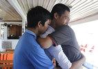 Chìm tàu sông Hàn: Nạn nhân và ân nhân ôm nhau khóc