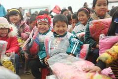 Trường, chợ như 'chùa bà Đanh' thì làm từ thiện cho ai?