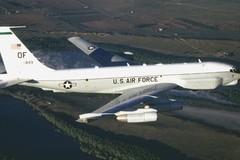 Trung Quốc chặn máy bay Mỹ