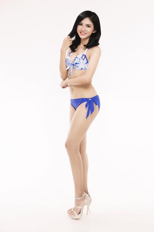 Thí sinh Hoa hậu Việt Nam bốc lửa với bikini
