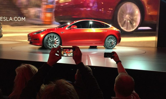 Elon Musk, xe điện Model 3, CEO Tesla, 580 triệu USD bốc hơi