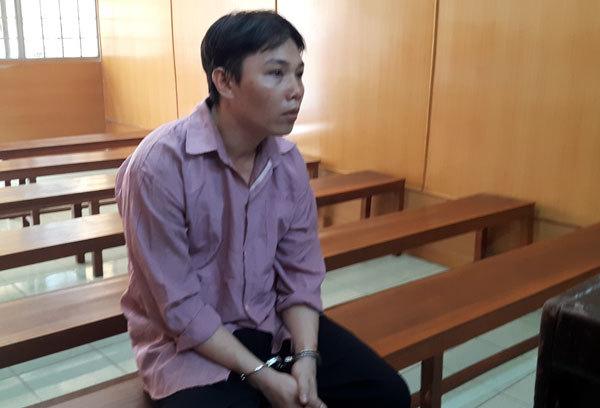 http://imgs.vietnamnet.vn/Images/2016/06/10/12/20160610122706-bi-cao-dung-tai-toa.jpg