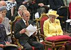 Tại sao Nữ hoàng Anh có 2 ngày sinh nhật?