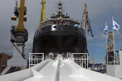 Xem Nga hạ thủy tàu phá băng khổng lồ