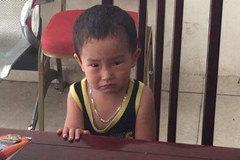 Bé trai bị bỏ rơi cùng bức thư 'bố đi tù, mẹ không đủ sức nuôi'