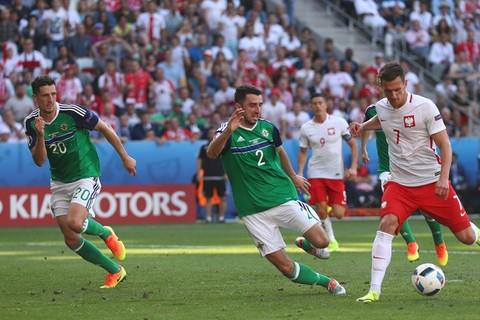Milik ghi bàn mở tỷ số cho Ba Lan