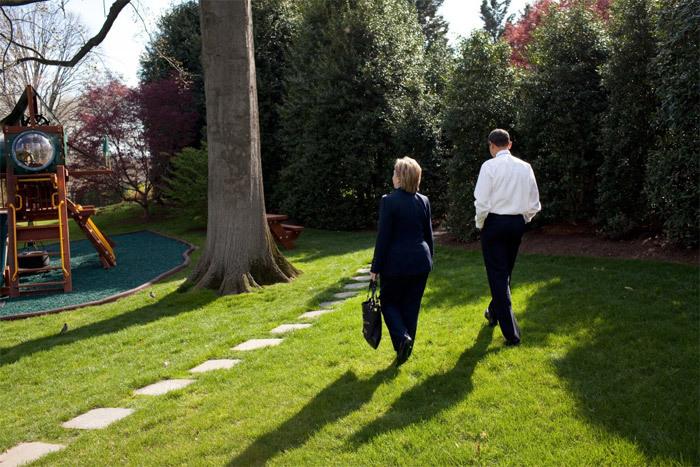 Những hình ảnh thân mật giữa Hillary và Obama