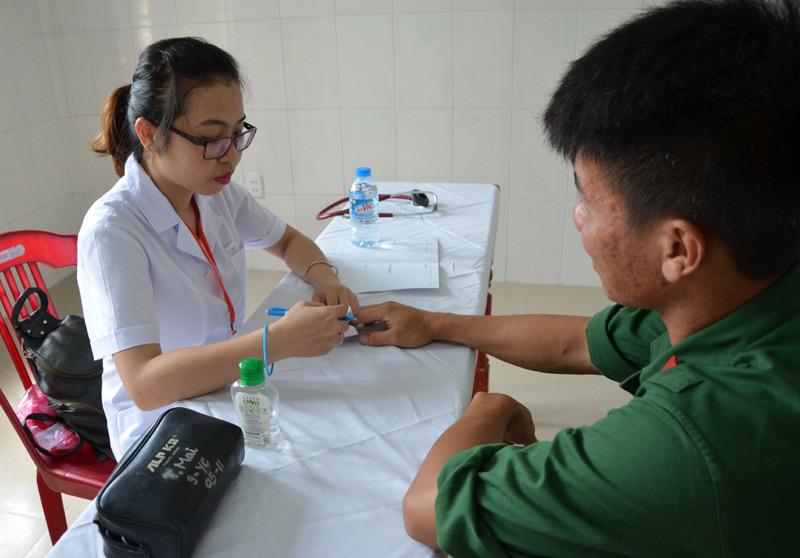 Tấm lòng bác sĩ Hà Nội nơi đảo tiền tiêu Cồn Cỏ