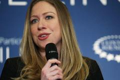 Ái nữ nhà Clinton tiết lộ tuổi thơ trong Nhà Trắng