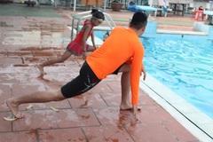 Hướng dẫn cách học để sau 4 ngày bơi được như ếch