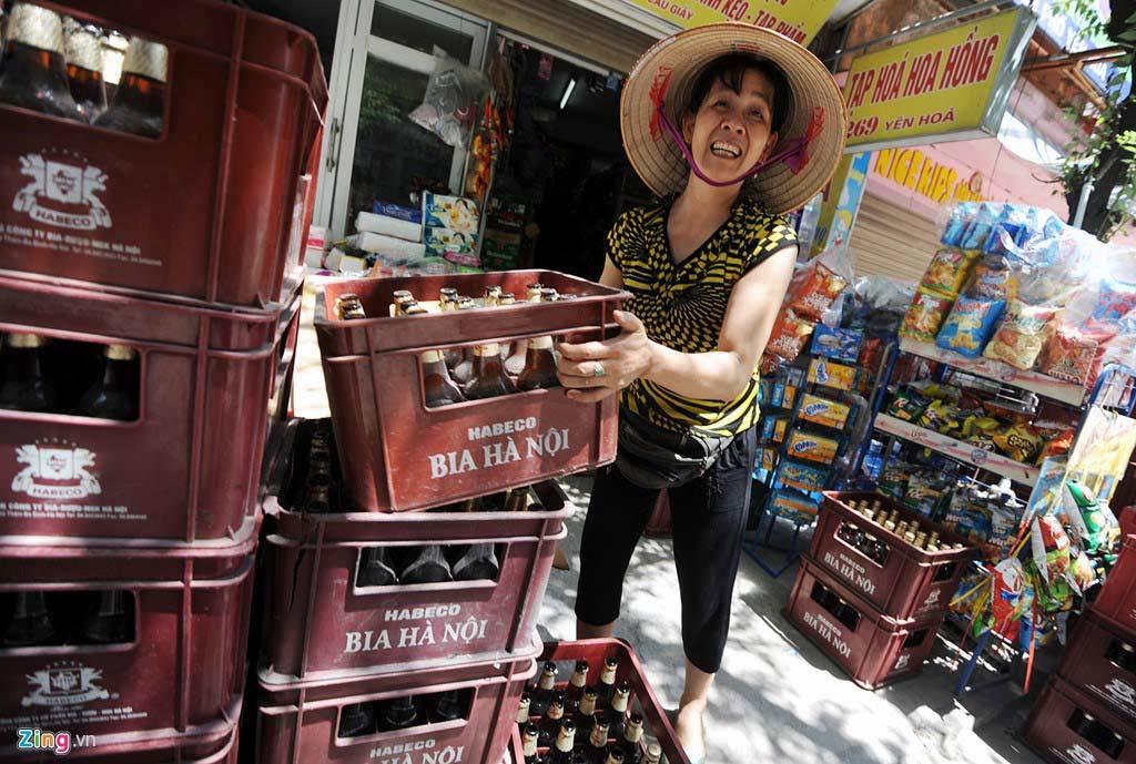 Điều hòa, bia hơi, bán chạy, nắng nóng, Hà Nội, bể bơi, nhân viên, bán hàng, đá sạch