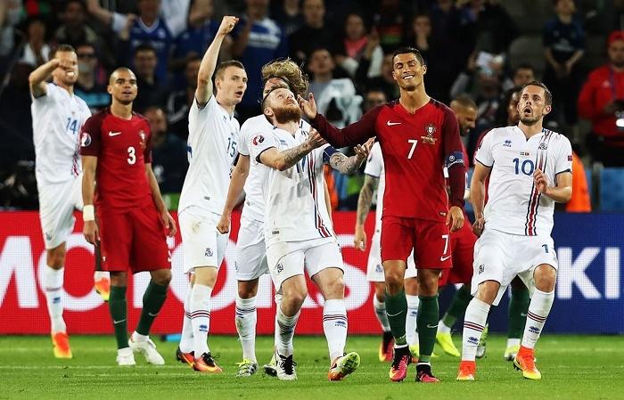 Ronaldo tức giận, mắng đối thủ sa sả