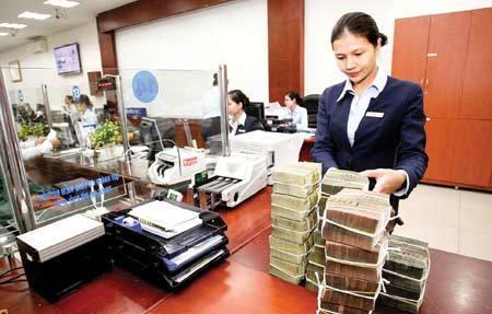 Nỗi lo 'hụt bước' tái cơ cấu ngân hàng