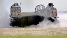 Uy lực tàu hải quân không gì cản nổi