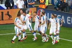 Vùng lên phút cuối, CH Séc hòa điên rồ với Croatia