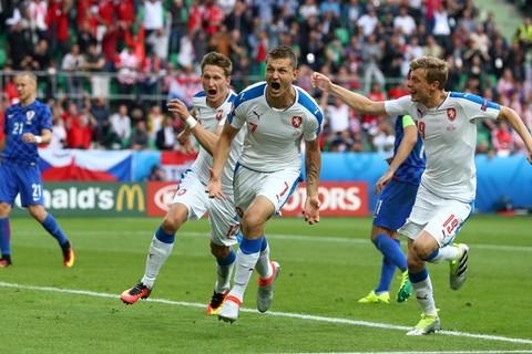 Video bàn thắng Croatia 2-2 CH Séc