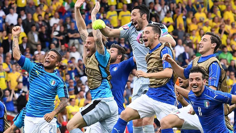 Conte nhét Ibrahimovic vào cái chai: Nghệ thuật làm 'soái ca'