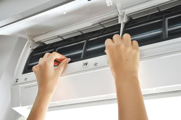 5 bước tự vệ sinh máy lạnh tại nhà không cần gọi thợ - VietNamNet
