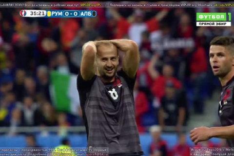 Albania dứt điểm vọt xà