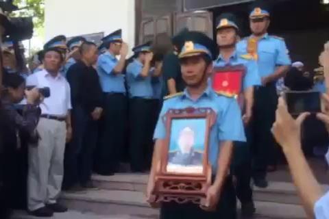 tang lễ phi công Trần Quang Khải