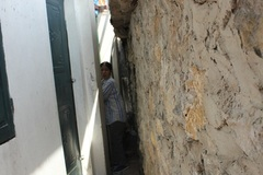 Dân Thủ đô chui hầm, lách ngõ vào nhà trên đường nghìn tỷ