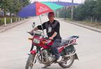 1001 kiểu độ xe máy chống nắng nóng chỉ có ở Việt Nam