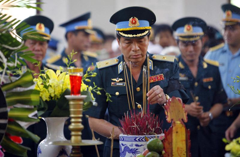 Phút bi tráng tiễn biệt phi công Trần Quang Khải