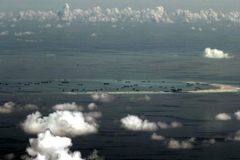 TQ đe rút khỏi luật Biển, Mỹ dồn dập đưa quân tới Philippines