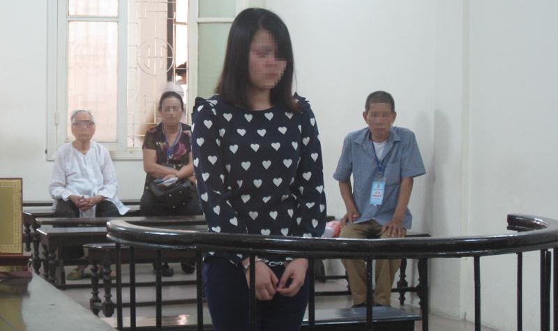 Hà Nội: Kiều nữ nhiều lần trộm vàng giấu dưới váy