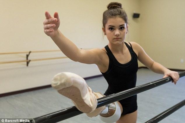 Nữ sinh bị cưa chân trở thành nghệ sĩ múa ba-lê