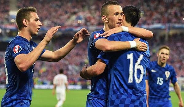 Góc EURO: Đừng khóc cho 'gấu' Nga!