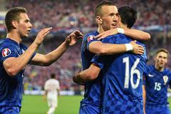 Nhà cái phát điên vì Croatia, Tây Ban Nha mất giá
