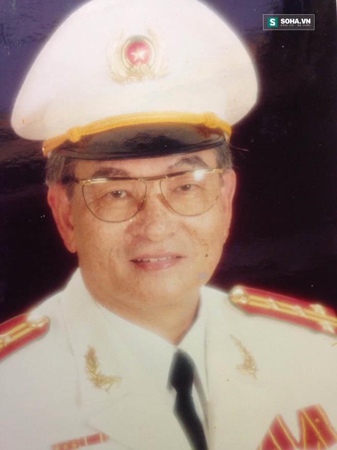 Đại tá tiết lộ bí mật về chuyện mổ 3.000 xác chết