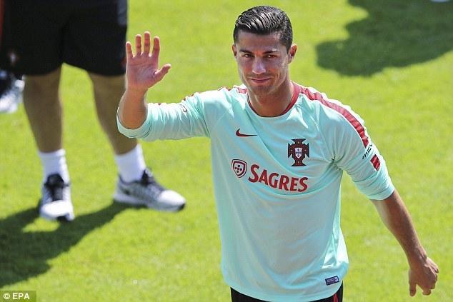Ronaldo tinh thần cao ngất, nói gì về đối thủ Croatia?