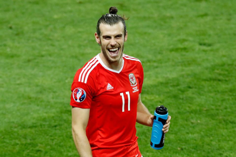 Bừng sáng EURO, Bale và Ronaldo được thưởng đậm