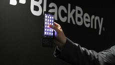 """BlackBerry sắp """"khai tử"""" mảng điện thoại?"""