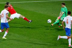 """Góc EURO: Đừng khóc cho """"gấu"""" Nga!"""