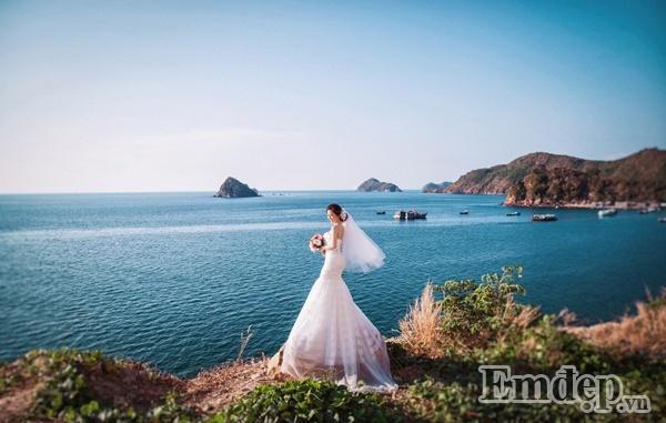 Ngơ ngẩn, lạc lối ở Nam Du với bộ ảnh cưới của nhiếp ảnh gia miền Tây