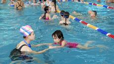 200 trẻ ở Hà Nội được học bơi miễn phí