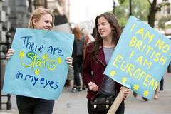 Hơn triệu người Anh ký đơn đòi trưng cầu dân ý lại