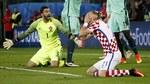 CĐV Croatia òa khóc khi Quaresma ghi bàn thắng