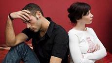 Chồng dẫn vợ bé về ra mắt trong ngày đại tang bố đẻ