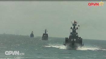 Lữ đoàn 171 Hải quân diễn tập bắn đạn thật trên biển