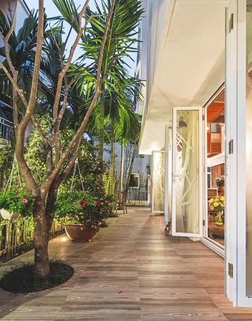 Ngất ngây với ngôi nhà vườn đẹp không chê vào đâu được ở khu đô thị lớn bậc nhất Hà Nội