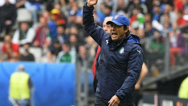 Italia: Bầu nhiệt huyết Buffon và 'chất điên' Conte