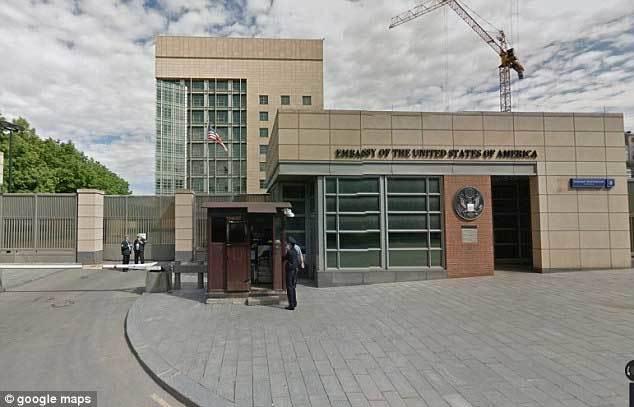 Nga-Mỹ 'ăn miếng trả miếng' vụ quấy rối nhân viên ngoại giao