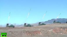 Kim Jong Un đích thân chỉ huy tập trận rầm rập