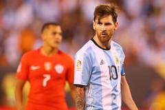 """Maradona tuyên bố sốc: """"Messi tiếp tục khoác áo Argentina"""""""