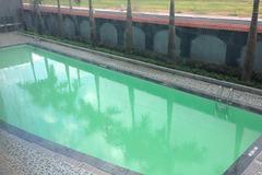 Học bơi trong khách sạn, bé 9 tuổi tử vong