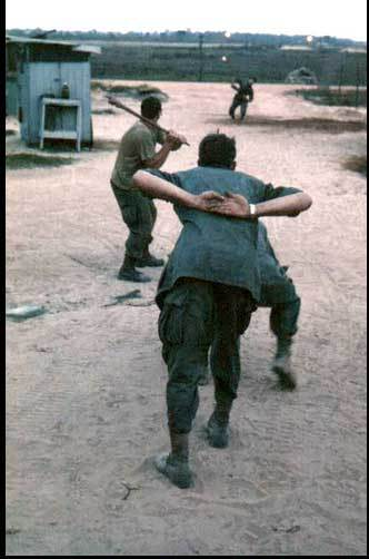 Cuộc sống thời chiến ở VN qua mắt lính Mỹ